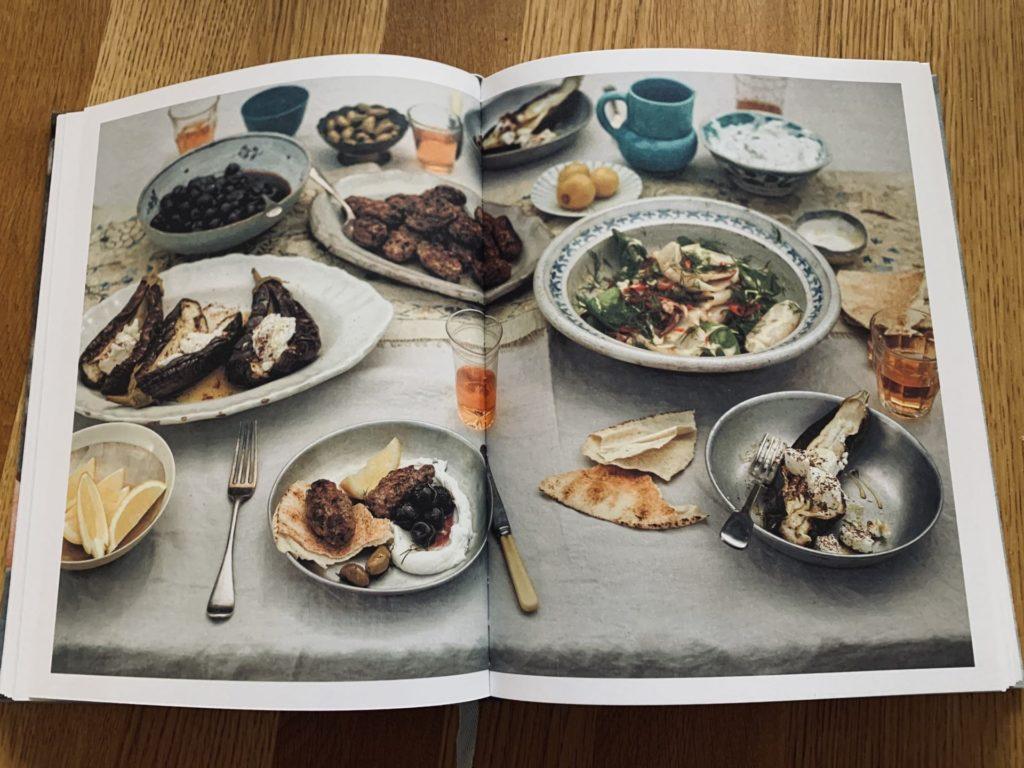 Kochbuchtipp Von der Kunst, einen Pfirsich zu essen Diana Henry
